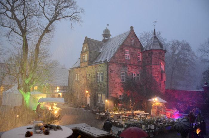 Rittergut Remeringhausen bei Nacht